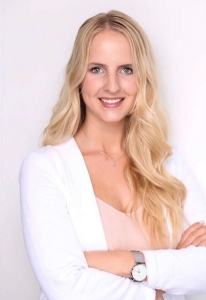 Julia Botzong